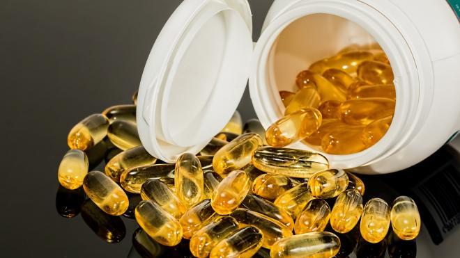 Губернатор заявил о дефиците препаратов от коронавируса в Петербурге