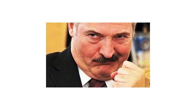 Журналист Уткин мечтает макнуть батьку Лукашенко головой в унитаз