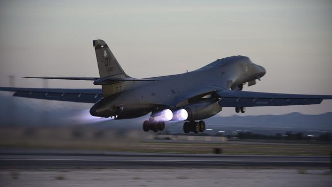 Армия США списала первый бомбардировщик B-1B Lancer