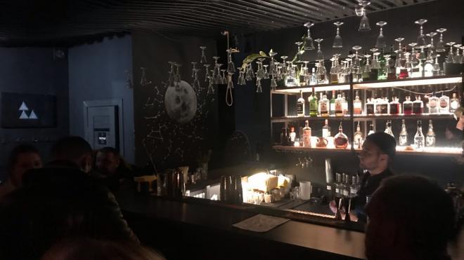 """""""Угрюмочную"""" на Рубинштейна уличили в использовании алкоголя без лицензии"""