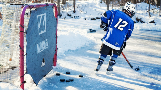 В Ленинградской области прошли состязания любительских хоккейных команд