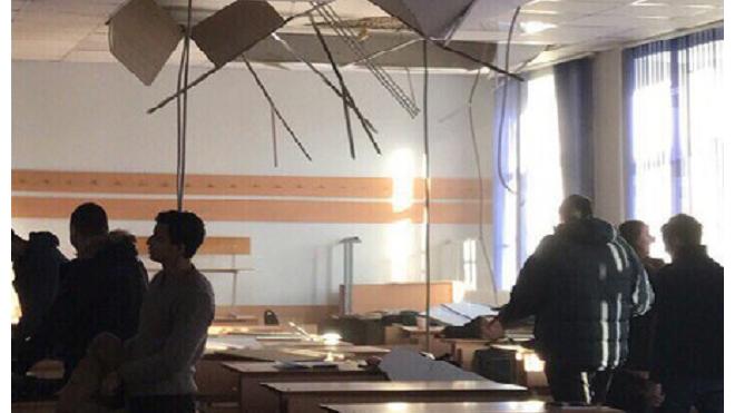 В Петербурге в корпусе Политеха рухнул потолок на студентов