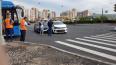 Две Kia Rio перекрыли перекресток Комендантского проспек...