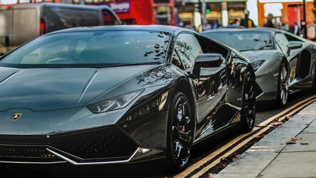 Lamborghini отзывает в России 15 автомобилей