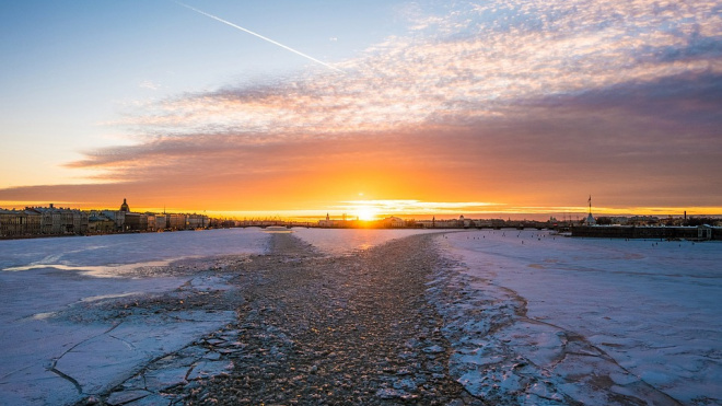 В среду в Ленобласти ожидается сильный ветер и снег