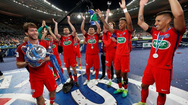 L'Equipe раскритиковала решение досрочно завершить чемпионат Франции по футболу