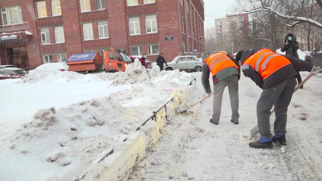 Почти 90% петербургских улиц очищены ото льда