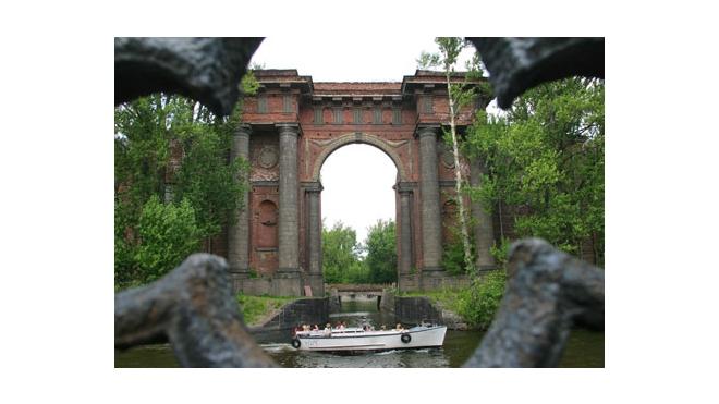 Новая Голландия в Петербурге открыта для посетителей