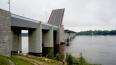 Ладожский мост разведут на 45 минут для прохода судна ...