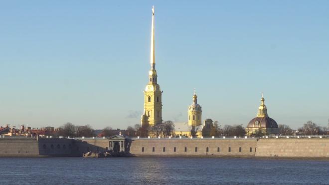 Около Петропавловской крепости выловили труп обнаженного мужчины