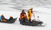 Петербуржцам запретили выезжать на лед на машине