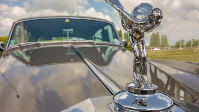 Минпромторг расширит перечень облагаемых налогом на роскошь автомобилей