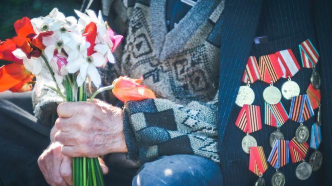 ЗакС отклонил инициативу оппозиции об увеличении пенсий ветеранам до 200 тысяч