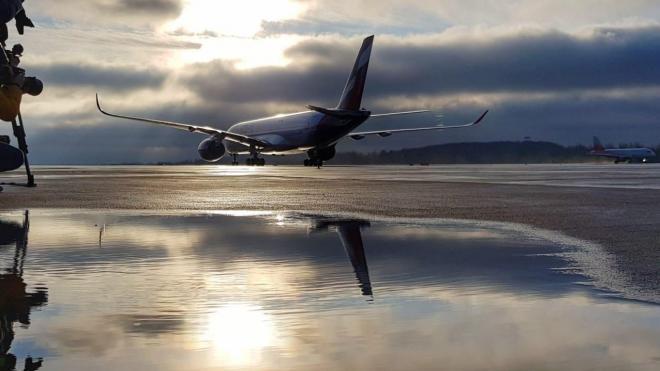 В Петербурге приземлился вывозной рейс из Бишкека