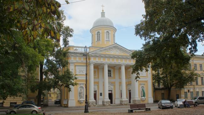 На Васильевском острове пройдет реставрация статуи апостола Петра лютеранской церкви св. Екатерины