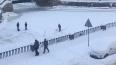 Фотофакт: дворники убирали снег с поверхности Крюкова ...