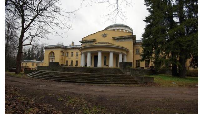 Усадьбу Шуваловых в Петербурге продадут за 366 млн рублей