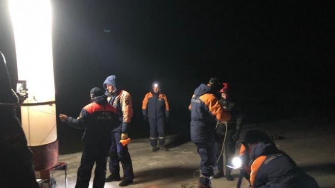 В Приморье машина с семьей ушла под лед, ребенок погиб