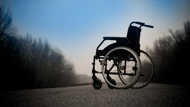 В Москве маньяк жестоко избил и изнасиловал инвалида-колясочницу