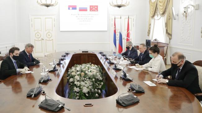 Петербург займется открытием в Белграде информационного делового центра