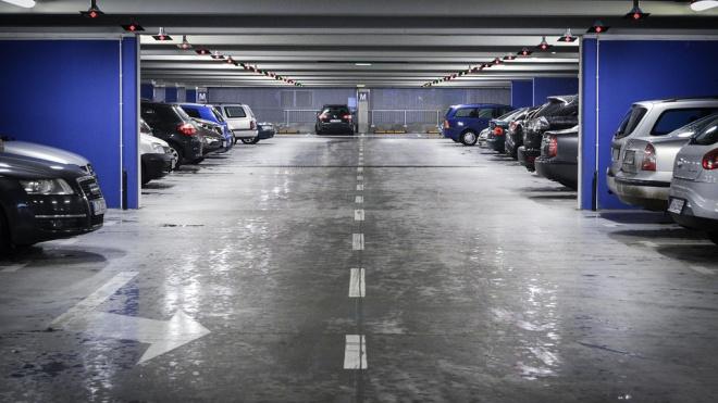 Петербургские чиновники предложили новый способ штрафовать водителей за неоплату парковки