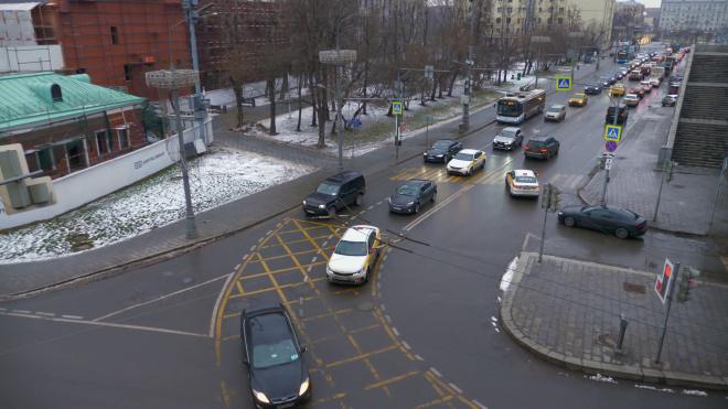 Водителям объяснили правила поездок по Москве во время режима изоляции