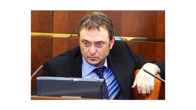 На сенатора-миллиардера Керимова объявлена охота