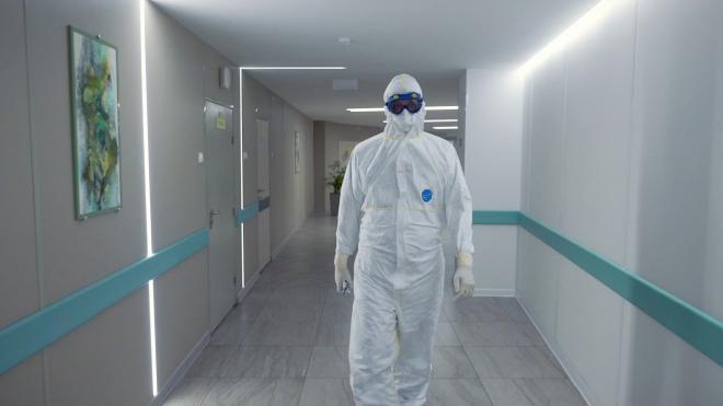Петербуржцам объяснили, в какое время года коронавирус подцепить проще всего