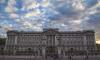 Муж актрисы Оливии Колман украл туалетную бумагу из Букингемского дворца