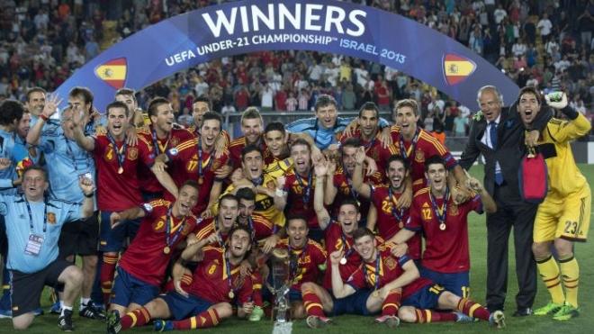 Сборная Испании снова стала чемпионом