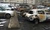 Появились фото сгоревших на Шкиперском протоке автомобилей
