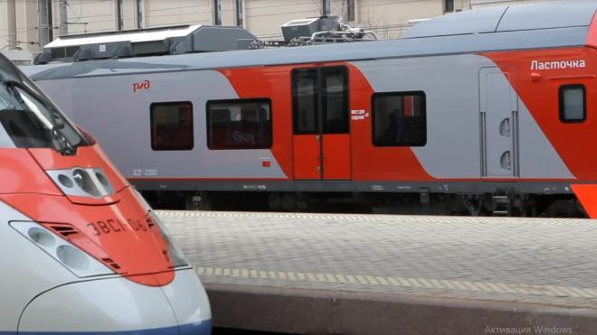 Из-за ремонтных работ временная электричка между Петербургом и Колпино сменила номер