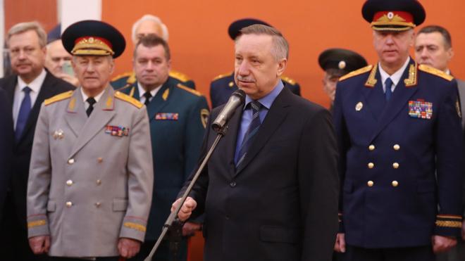 Беглов поздравил кадетский корпус Следственного Комитета с вручением знамени