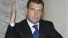 Медведев: кризис не помешает повышению зарплат