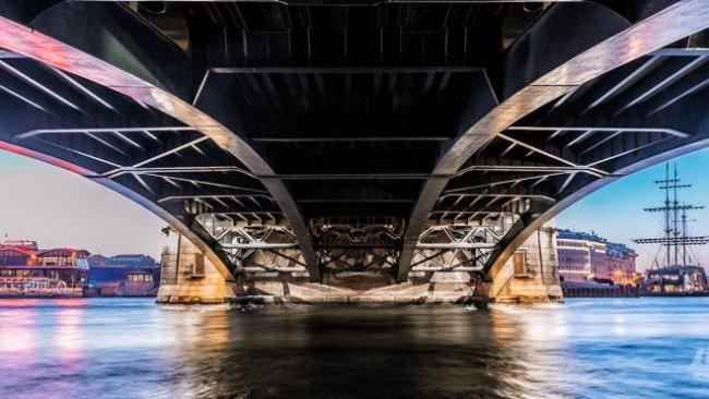 Петербург столкнулся с проблемой реализации инфраструктурных объектов