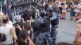 На несанкционированной акции в Москве задержали более ...