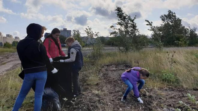 На субботнике в устье Смоленки было собрано более 78 кубометров мусора