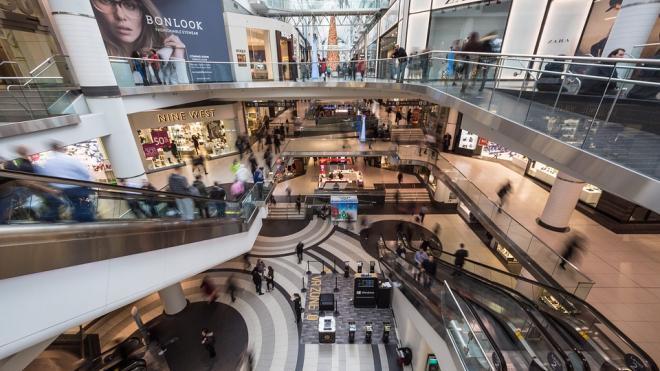 В петербургских торговых центрах появятся подразделения МФЦ