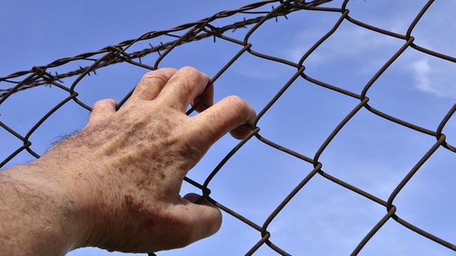 В Астраханской области родной дед несколько лет насиловал маленького внука