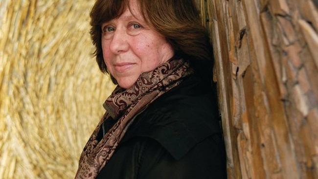 Белорусская писательница, лауреат Нобелевской премии призвала Лукашенко уйти