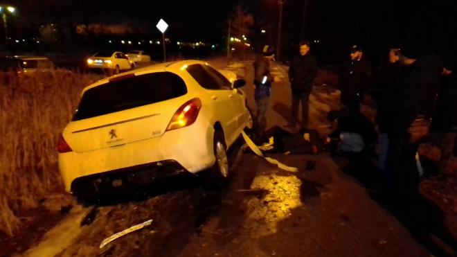 """В Металлострое автомобилист сбил на """"Пежо"""" пешехода и сбежал с места ДТП"""