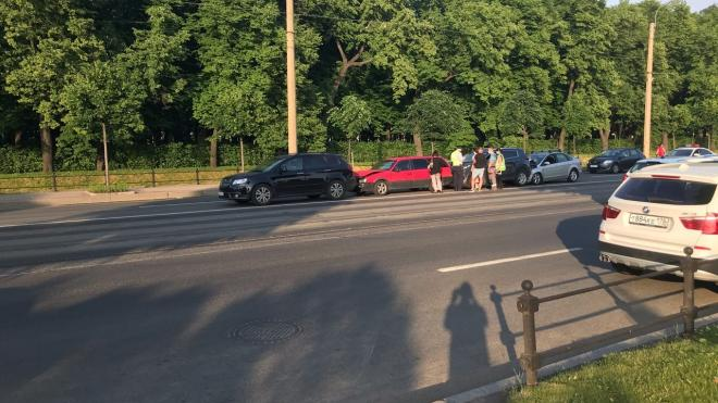 В центре Петербурга произошло ДТП с участием 4 машин