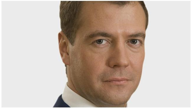 Медведев предлагает Путину создать в России мегарегулятор