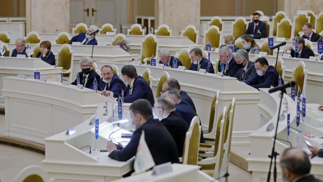 Законодательное собрание Петербурга рассмотрит законопроект о помощи самозанятым