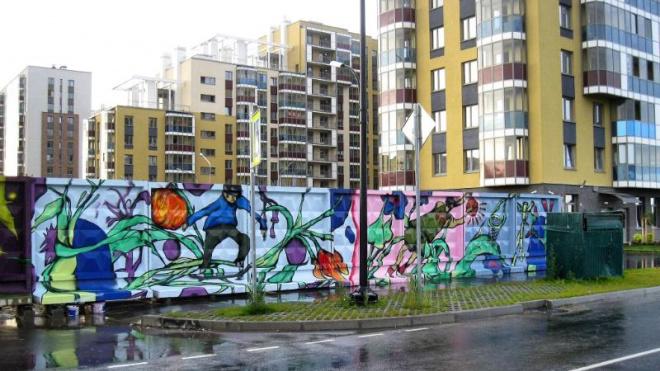 В Буграх на бетонной стене появился легальный стрит-арт