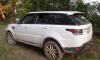 """В поселке Сойкино нашли угнанный с Дунайского проспекта """"Land Rover"""""""