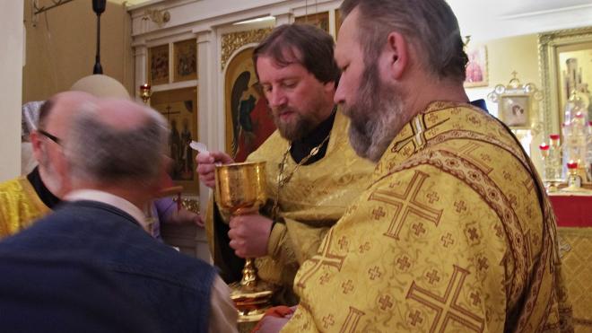 Священника из Ленобласти задержали в белорусском притоне с проститутками