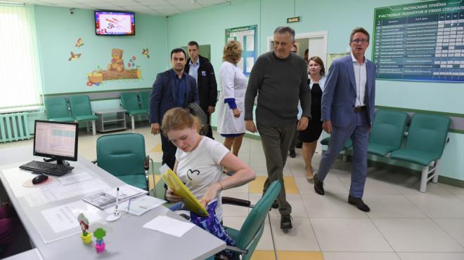 Александр Дрозденко подвел итоги первого этапа реализации программы обновления детских поликлиник