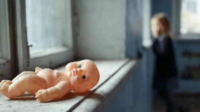 В Новосибирске погибла годовалая девочка, выпав из окна 6 этажа