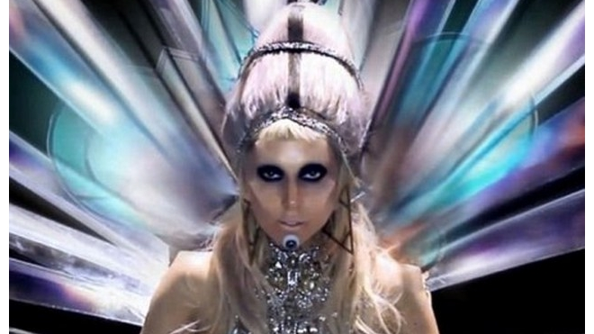 Lady Gaga скоро споет в космосе